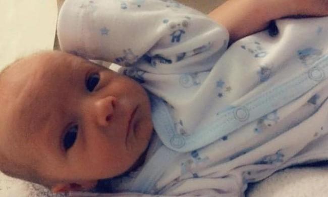 Mẹ hoảng loạn khi con trai 4 tháng tuổi tử vong trong lúc ngủ bởi hội chứng trẻ sơ sinh nào cũng có thể mắc - Ảnh 2.