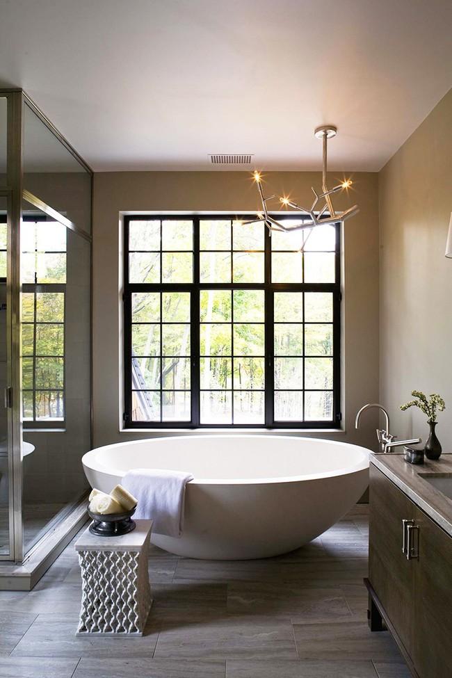 Bất kể diện tích lớn nhỏ, chỉ nhờ mẹo thiết kế này mà căn phòng tắm luôn khiến người dùng thoải mái - Ảnh 10.
