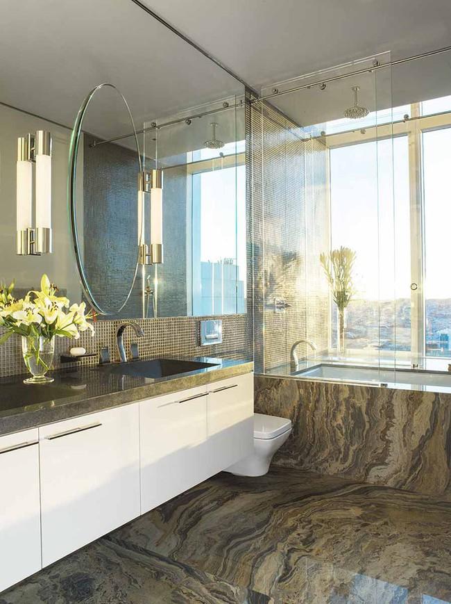 Bất kể diện tích lớn nhỏ, chỉ nhờ mẹo thiết kế này mà căn phòng tắm luôn khiến người dùng thoải mái - Ảnh 16.