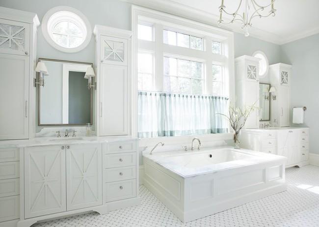 Bất kể diện tích lớn nhỏ, chỉ nhờ mẹo thiết kế này mà căn phòng tắm luôn khiến người dùng thoải mái - Ảnh 20.