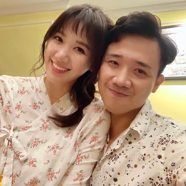 Mới đầu năm, Trấn Thành chi liền tay hơn trăm triệu mua 14 chiếc ghim cài áo hàng hiệu - Ảnh 1.