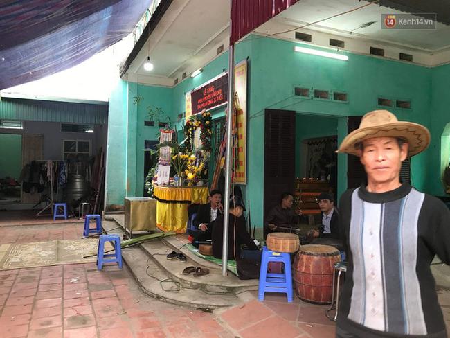 Trích xuất camera xác định đặc điểm nhận dạng nghi phạm cứa cổ tài xế taxi ở Hà Nội: Còn khá trẻ, cao khoảng 1,7m và nói giọng miền Trung - Ảnh 2.