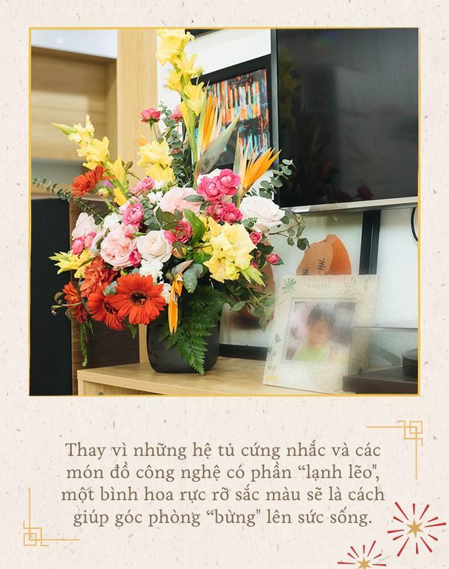 Mẹ 8x Hà Nội hướng dẫn 3 cách dùng hoa truyền thống, giá dưới 500 ngàn để trang trí nhà đón Tết - Ảnh 11.