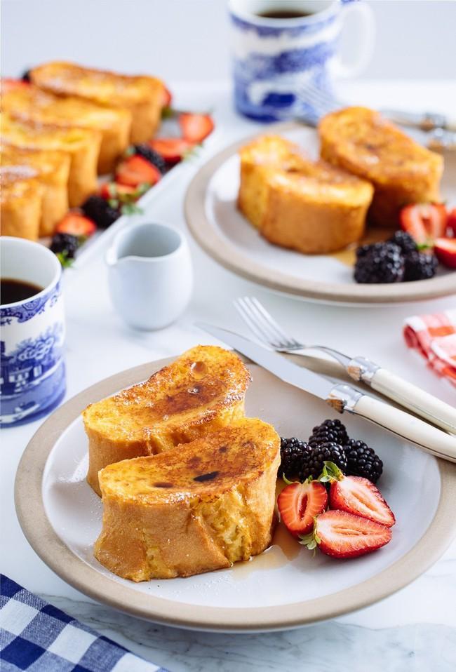 Bữa sáng cuối tuần lãng mạn với món bánh mì nướng kinh điển từ nước Pháp - Ảnh 9.