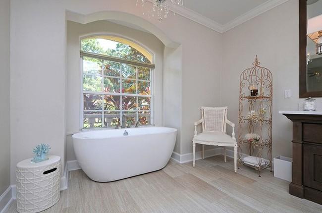 20 ý tưởng cần học ngay để có một phòng tắm đẹp sang trọng và lãng mạn trong dịp năm mới - Ảnh 7.