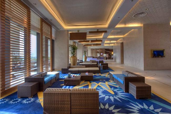 Cận cảnh khách sạn có cả bãi biển và sân golf đội tuyển Việt Nam đang lưu trú khi thi đấu Asian Cup 2019  - Ảnh 3.
