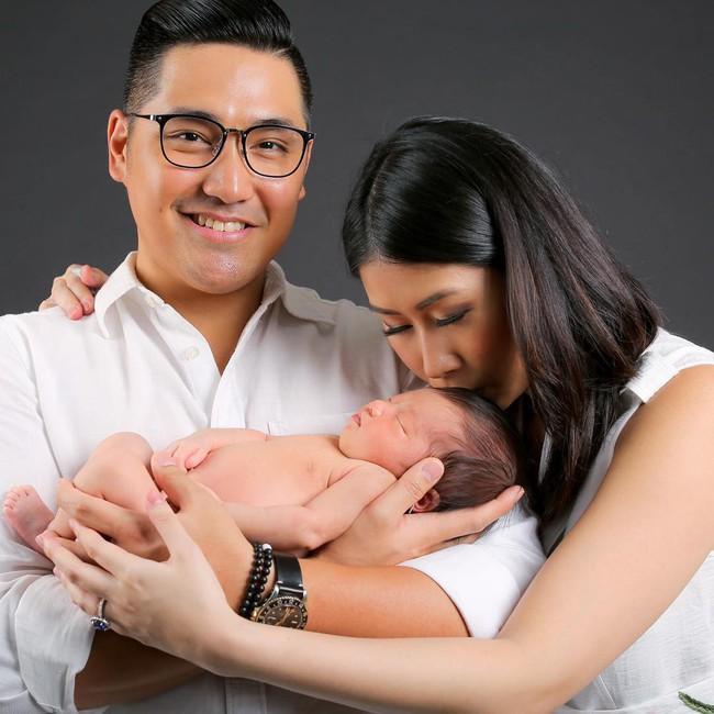 Stephanie Nguyễn - chị chồng kín tiếng của Hà Tăng: Vừa sinh con đầu lòng, nuôi con hoàn toàn bằng sữa mẹ - Ảnh 4.