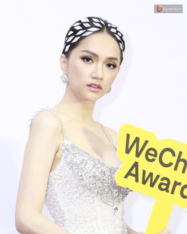 5 ca làm đẹp chặt chém nhất WeChoice Awards 2018: Quỳnh Anh Shyn búi tóc siêu quái , Elly Trần đính sao lên mặt - Ảnh 3.