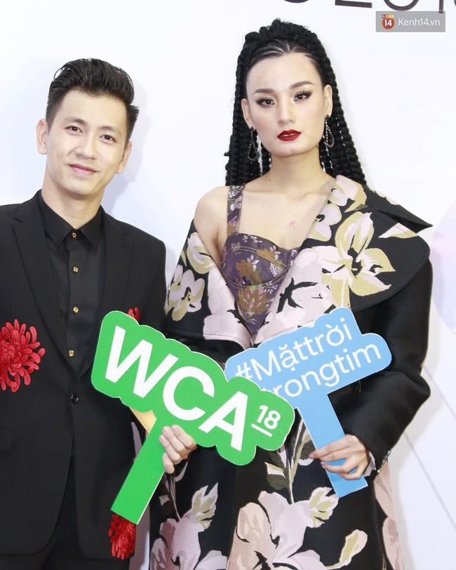 5 ca làm đẹp chặt chém nhất WeChoice Awards 2018: Quỳnh Anh Shyn búi tóc siêu quái , Elly Trần đính sao lên mặt - Ảnh 5.