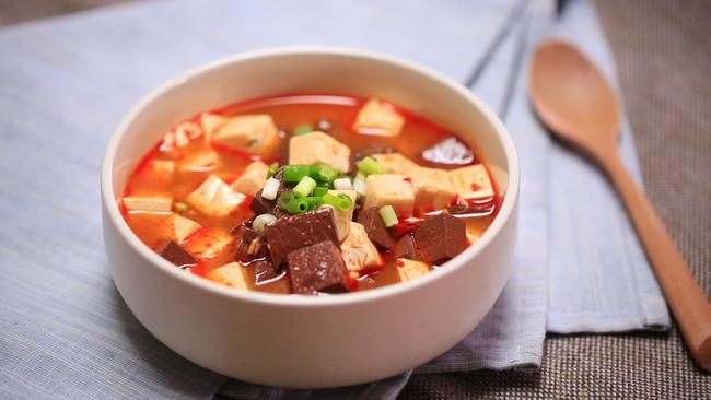 Canh đậu hũ nóng hổi thơm ngon cho bữa cơm chiều đông - Ảnh 6.