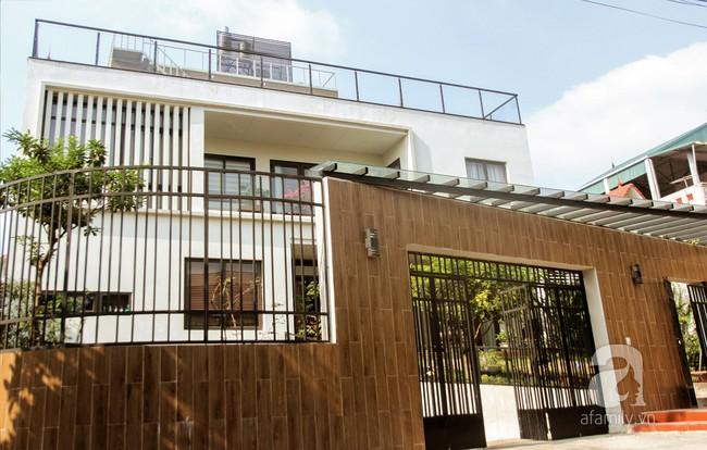 Biệt thự rộng 120m² tọa lạc trên ngọn đồi an yên với vẻ đẹp bình dị dành cho gia đình 3 thế hệ - Ảnh 1.