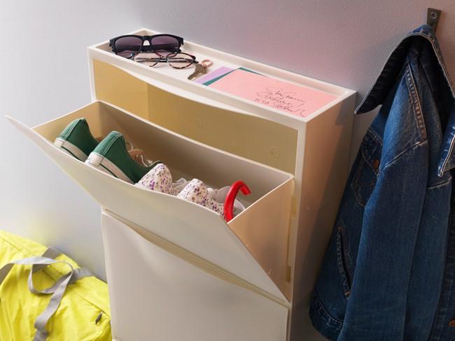 8 món nội thất có giá rẻ bất ngờ bạn có thể mua để lưu trữ tối đa cho phòng ngủ có diện tích nhỏ - Ảnh 2.