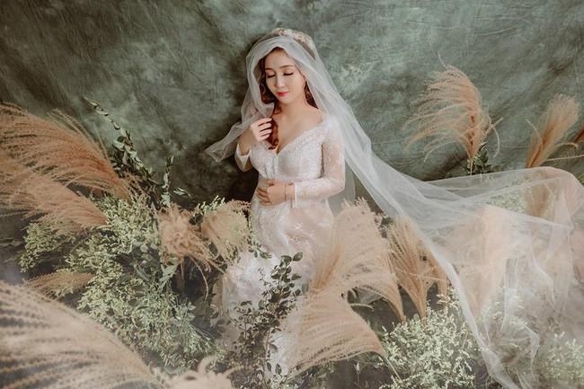 Bầu lần 2 vẫn được khen là đẹp như nữ thần và đây chính là bí quyết của mẹ trẻ Hà Nội - Ảnh 6.