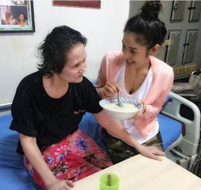 Đời sóng gió của mỹ nhân Thái: 20 tuổi phát hiện bí mật động trời về thân thế, một mình nuôi con sau khi chồng bị bắt đi tù - Ảnh 7.