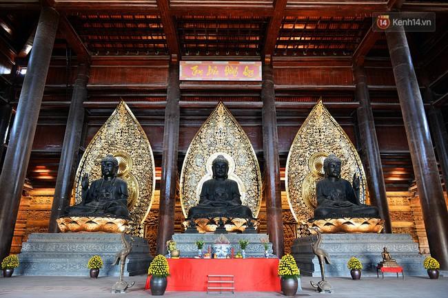 Cận cảnh ngôi chùa lớn nhất Việt Nam - Nơi sẽ đặt báu vật thiên thạch mặt trăng 600.000 USD được đấu giá từ Mỹ - Ảnh 9.