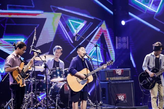Hết chê Nguyễn Hải Phong nhạt, Phương Uyên lại mỉa mai Mỹ Linh có 1 bài mà hát hoài - Ảnh 2.
