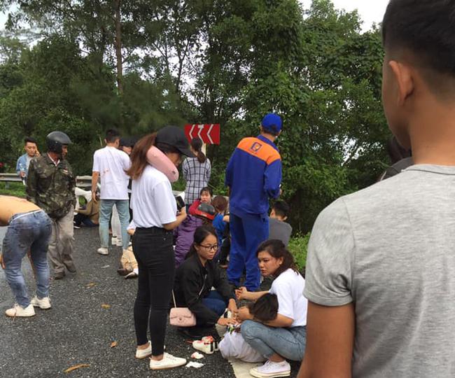Danh tính ngôi trường có 22 người rớt xuống đèo Hải Vân: Tất cả là sinh viên du lịch, 1 người đã tử vong - Ảnh 2.