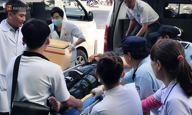 Bảo quản, chuyển đến bệnh viện cánh tay của nữ sinh gặp nạn trong vụ xe khách chở hơn 20 sinh viên lao xuống đèo Hải Vân - Ảnh 1.