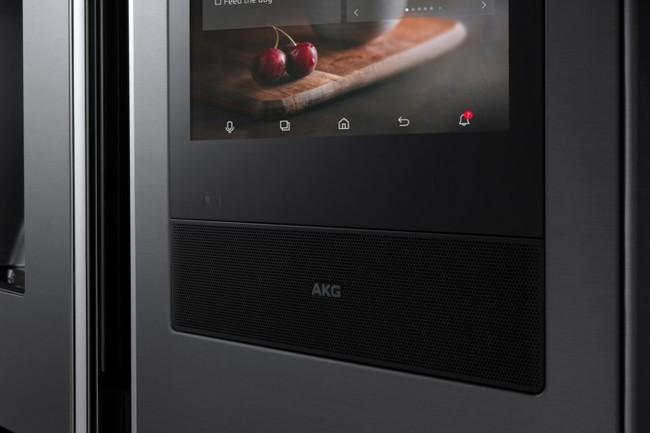 Samsung giới thiệu tủ lạnh thông minh thế hệ mới: Láu lỉnh đến nỗi biết nhắn tin nhắc khéo chủ nhân quên đóng cửa - Ảnh 2.