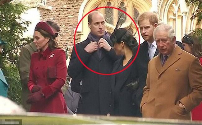 Sự thật đằng sau hành động phớt lờ em dâu Meghan từng gây bão của Hoàng tử William khi cô tìm cách bắt chuyện  - Ảnh 1.