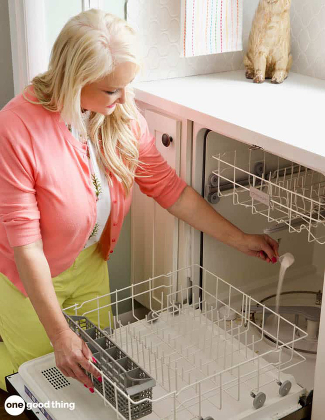 7 nơi trong nhà bạn cần làm sạch kỹ lưỡng để đón kỳ nghỉ Tết dài 9 ngày sắp đến - Ảnh 2.