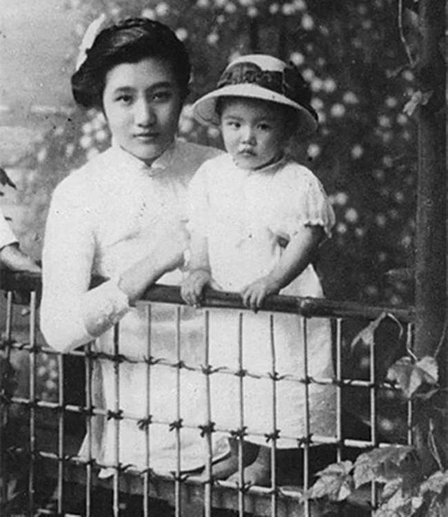 Xuất thân thanh lâu, 15 tuổi cưới chồng Tổng tư lệnh quyền lực, người phụ nữ vẫn quyết tâm ly hôn và một tay gây dựng nên đế chế kinh doanh lẫy lừng đất Thượng Hải - Ảnh 4.