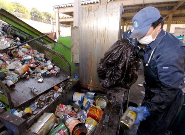 Sửng sốt vì lũ lụt nhưng không có một cọng rác, ít ai biết rằng Nhật Bản là một trong những nơi có lượng rác thải nhựa lớn nhất thế giới - Ảnh 5.