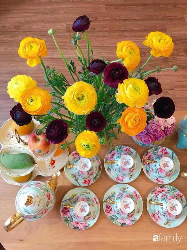 Ngày 20/10 ghé thăm không gian sống quanh năm thơm ngát hương hoa của người phụ nữ Hà Thành - Ảnh 17.