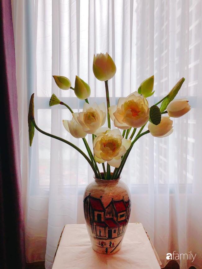 Ngày 20/10 ghé thăm không gian sống quanh năm thơm ngát hương hoa của người phụ nữ Hà Thành - Ảnh 10.