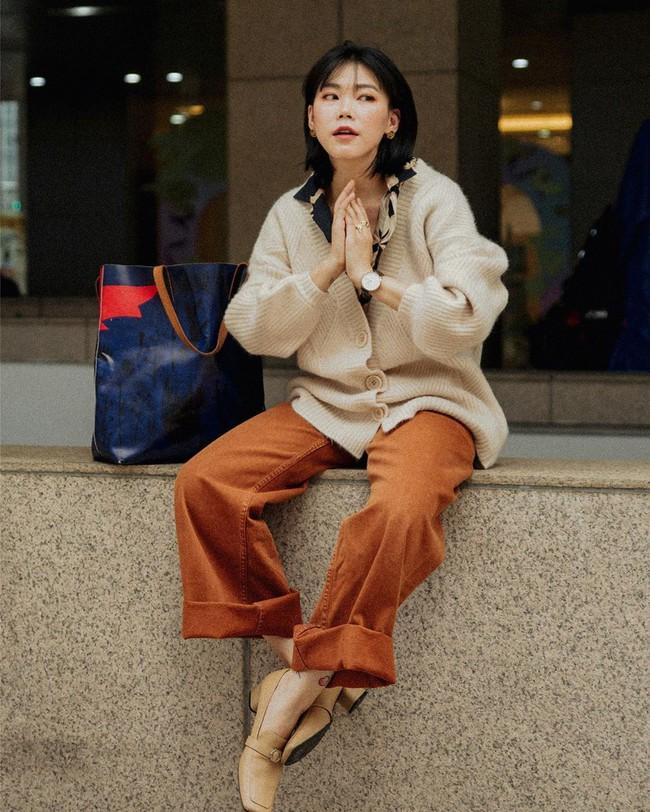 Street style Châu Á:  - Ảnh 9.