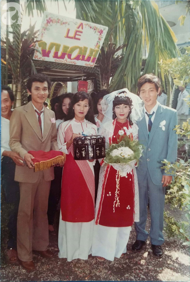 """31 năm trước uống một cốc nước mía bên đường, người đàn ông mê luôn cô bán hàng, diễn một """"cú lừa"""" rồi thành công cưới về làm vợ - Ảnh 3."""