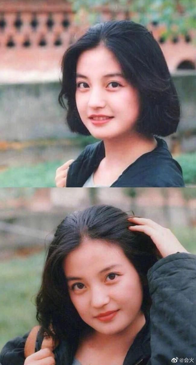 Hình ảnh 21 năm trước và 21 năm sau của Triệu Vy: Lộ dấu hiệu tuổi tác nhưng vẫn đẹp! - Ảnh 5.