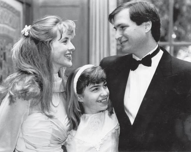Chuyện tình của ông trùm Apple - Steve Jobs: Là thầy giáo mê đắm cô sinh viên, biến vợ thành nữ tỷ phú giàu thứ 5 thế giới - Ảnh 3.