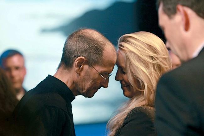 Chuyện tình của ông trùm Apple - Steve Jobs: Là thầy giáo mê đắm cô sinh viên, biến vợ thành nữ tỷ phú giàu thứ 5 thế giới - Ảnh 5.