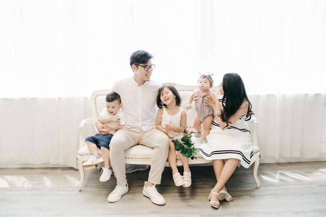 Những hình ảnh tưởng chừng như hạnh phúc của vợ chồng nhà găn Gào trước khi ly hôn - Ảnh 4.