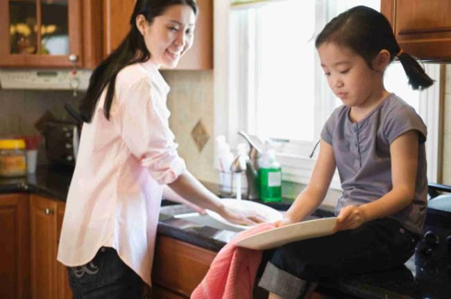 Khoa học chứng minh: Cha mẹ làm 9 điều này nhất định sẽ giúp con mình thành đạt trong tương lai - Ảnh 3.