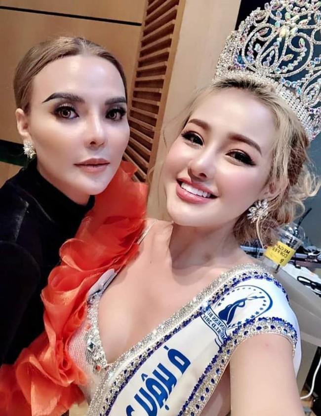 Sau lùm xùm chuyện tình cảm với Lương Bằng Quang, Ngân 98 bất ngờ đoạt giải Á hậu Doanh nhân Sắc đẹp Toàn cầu 2019 - Ảnh 4.