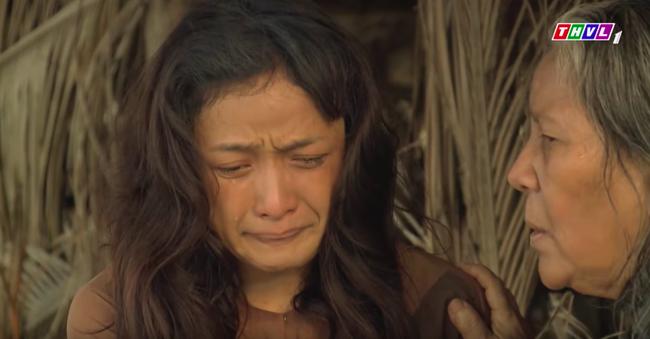 """""""Tiếng sét trong mưa"""": Mẹ Lũ - Hứa Minh Đạt xuất hiện, vừa hỏi """"thằng Lũ đâu con"""" là Hiểm bật khóc đớn đau  - Ảnh 5."""