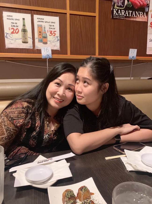 Sau hơn 1 năm lấy chồng, con gái lớn của nghệ sĩ Hồng Vân giờ ra sao? - Ảnh 5.