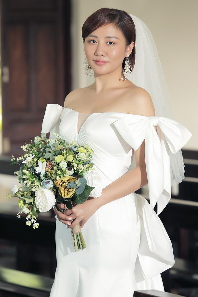 Hé lộ trọn bộ ảnh cưới của Văn Mai Hương - Bùi Anh Tuấn nhưng lý do 2 người kết hôn mới gây ngỡ ngàng - Ảnh 3.