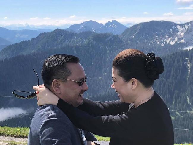"""Shark Linh và Shark Liên, chuyện về những nữ doanh nhân từng nhiều lần phải """"gọt"""" mình để vừa với hôn nhân - Ảnh 5."""