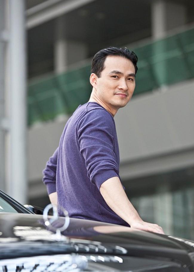 Đời tư kín tiếng của diễn viên Chi Bảo và hai cuộc hôn nhân trước khi công khai bạn gái gợi cảm - Ảnh 1.
