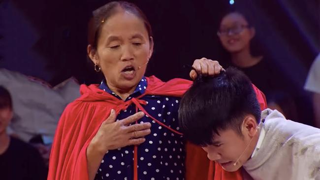 """Bà Tân Vlog đòi """"thịt"""" Trấn Thành, phong tặng luôn danh hiệu """"siêu to khổng lồ"""" cho nghệ sĩ hài Lê Giang đầy hoang mang - Ảnh 3."""