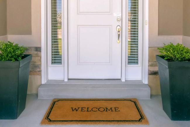 12 điều mà chuyên gia an ninh khuyên bạn không nên làm trong chính ngôi nhà của mình để đảm bảo sự an toàn và bảo mật - Ảnh 2.