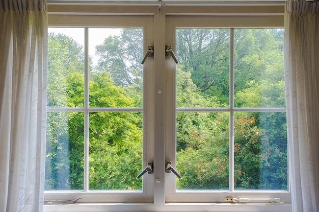 12 điều mà chuyên gia an ninh khuyên bạn không nên làm trong chính ngôi nhà của mình để đảm bảo sự an toàn và bảo mật - Ảnh 8.