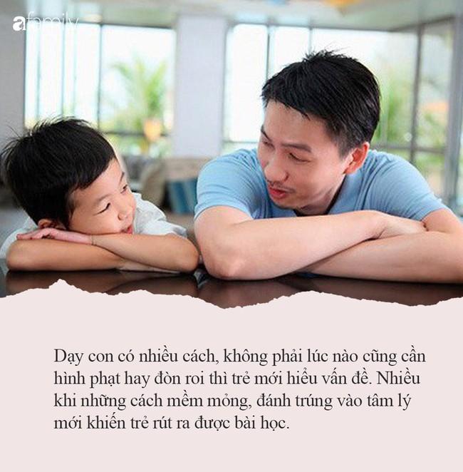 Con trai bị nghiện chơi game nặng, không quát mắng hay đánh đòn, ông bố lôi ra chiếc búa nhỏ để dạy con bài học để đời - Ảnh 2.