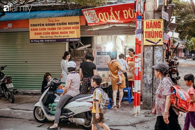 """Chuyện về hàng quẩy đùi gà """"bán"""" cả tuổi thơ cho bao người Hà Nội, bố mẹ chồng bán được bao nhiêu đều cho tiền hết con dâu - Ảnh 4."""