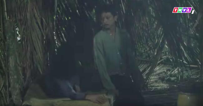 """""""Tiếng sét trong mưa"""": Bật khóc trước cảnh Lũ - Hứa Minh Đạt đã là hồn ma, quay về van xin Hiểm cứu mình - Ảnh 4."""