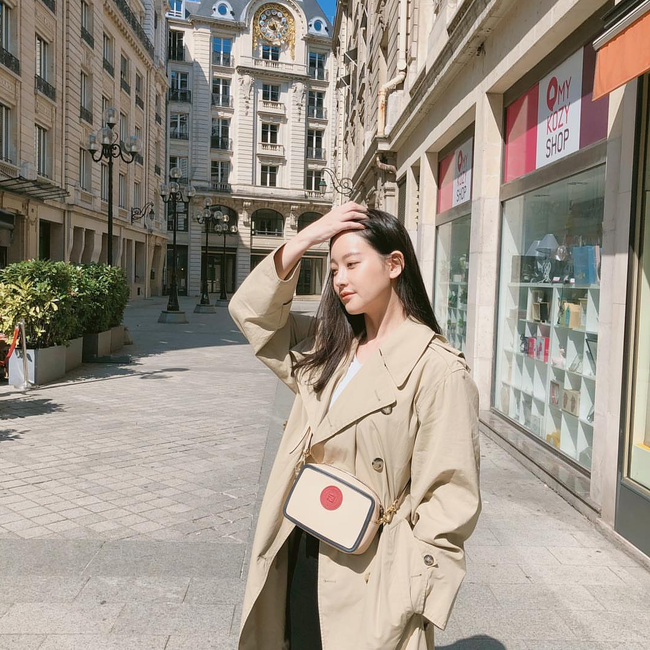 street style trench coat - Ảnh 4.