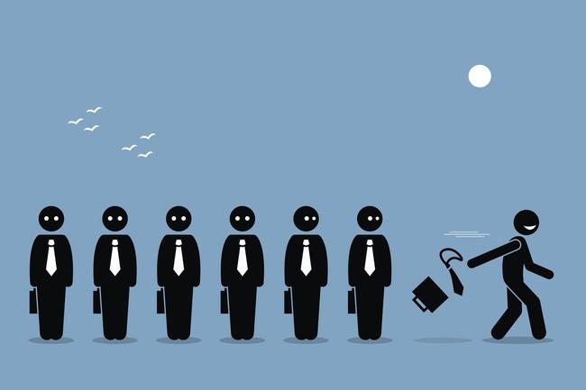 Bị đồng nghiệp tẩy chay thì đây sẽ là 7 cách giúp chị em công sở vẫn vượt lên tỏa sáng - Ảnh 4.
